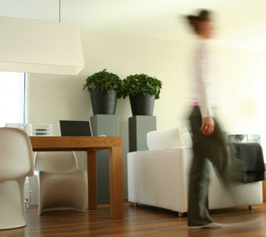entretien d 39 un parquet flottant conseils pratiques. Black Bedroom Furniture Sets. Home Design Ideas